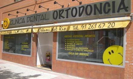 Limpieza bucal y revisión con opción a 1 o 2 blanqueamientos led desde 14,95€ en Ostuni del Río