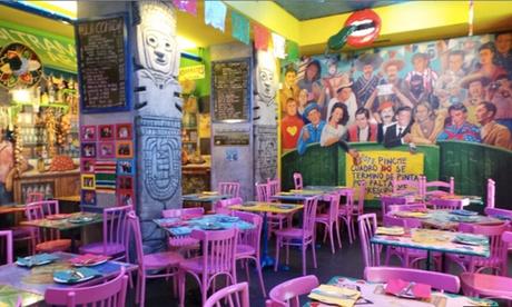Menú mexicano para 2 o 4 con entrante, principales, chupito de margarita o postre y bebida desde 19,95 € en La Mordida Oferta en Groupon