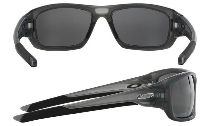 d83d5e73d5efd Oakley Valve Sunglasses with Matte-Gray Frame and Polarized Lenses