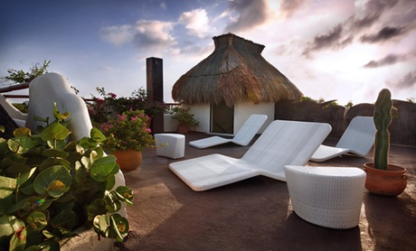 Playa del Carmen Hotel amid Beaches & Nightlife
