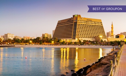 Sharjah: 1 Night for Two adults and 2 children below 12 with Breakfast or Half Board at 5* Radisson Blu Resort Sharjah
