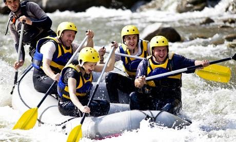 Rafting o descenso en banana para hasta 6 personas con almuerzo, bebidas y fotos desde 19,90 € en MurciAventuraS Oferta en Groupon