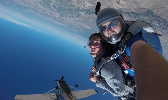 WELCOME TO SKYDIVE MOABBucket List? Jump over Mars? Need something new?