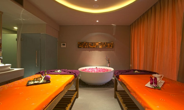 Phuket: 5* Seaview Stay in Patong 5