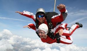 TAKE OFF Fallschirmsport: Wertgutschein über 100 € anrechenbar auf einen 4.000 m Tandemsprung mit TAKE OFF Fallschirmsport