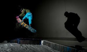 Snow Dome Bispingen: Komplettpaket mit Ski-Tagesticket und Leih-Equipment, opt. inkl. 1 Gericht, im Snow Dome Bispingen (bis zu 37% sparen*)