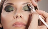 Cours de maquillage en groupe pour 1 à 4 personnes de 2h avec Asmaa Shadows dès 34,99 €