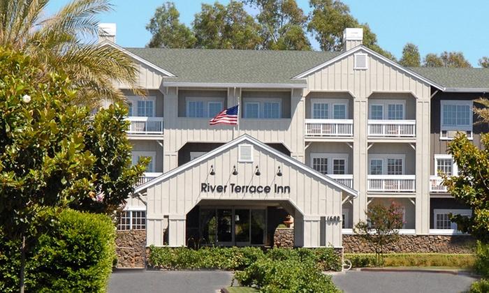 Riverfront 4-Star Napa Inn with Wine Tasting