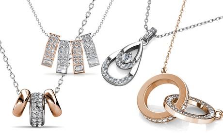 1 o 2 collares decorados con cristales de Swarovski®