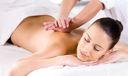 1 o 3 sesiones de masaje relajante, drenaje linfáticoy más con opción a vendaje desde12,95 € en Massima Quiromasajista