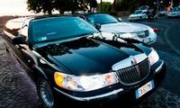 Giro a Roma per 8 persone o festa Baby Vip in limousine per 15 bambini con Affitto Limousine (sconto fino a 72%)