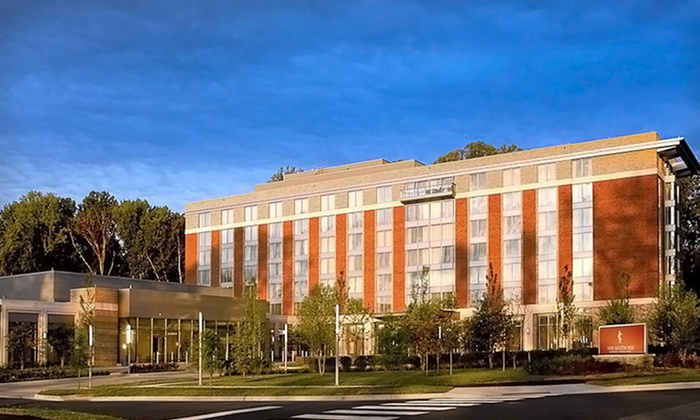 The Mason Inn - Green Acres: Two-Night Stay at The Mason Inn in Fairfax, VA
