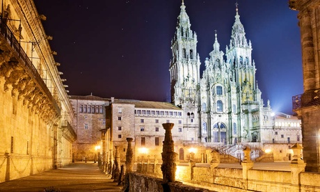 Santiago de Compostela: 1 a 3 noches en habitación doble para 2 con detalle de bienvenida en Hotel A Tafona Do Peregrino
