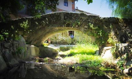 San Martín del Castañar: estancia para 2 con desayuno, opción a media pensión y visita a Castillo en Rural Buenaventura