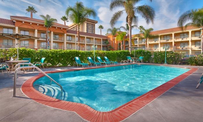 Disneyland Area / Anaheim Hotel Discounts - MouseSavers.com