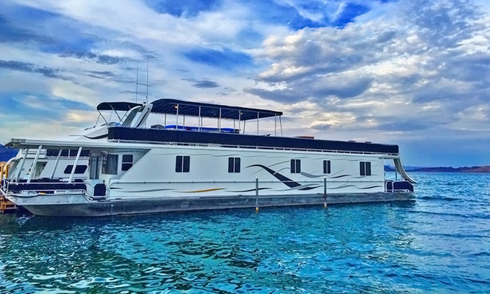 Houseboats On Arizona S Lake Havasu