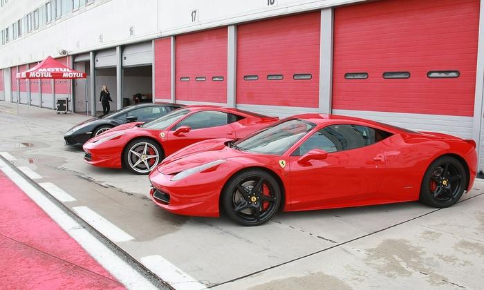 Giornata da pilota al Mugello e Imola, 5 km di tracciato in Ferrari F458, Lamborghini Huracan Avio o Porsche 997