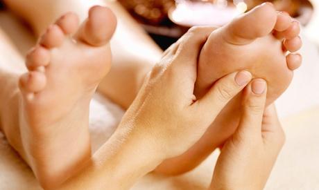 Fino a 5 massaggi a scelta riflessologia plantare o cranio sacrale da 30 minuti allo Studio Da Vinci (sconto fino a 66%)