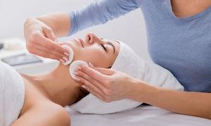 "MK Melanie Köster - Kosmetikstudio Bremen: Gesichtsbehandlung ""Classic"" od. ""Aloe Vera Echtblatt"" im MK Melanie Köster - Kosmetikstudio Bremen (bis zu 45% sparen*)"