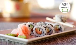 Sushi House - Vista Shopping: Sushi House – Vista Shopping: yakissoba + rolinho primavera (doce) para 2 ou 4 pessoas