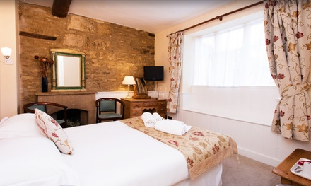Blockley: 1 or 2 Nights for Two with Breakfast and Option for Dinner at The Crown Hotel