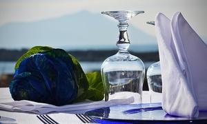 Ristorante Maruzzella da Franco (Baconi): Menu di pesce completo con ostriche, antipasto di 10 portate, bottiglia di vino e vista sul mare da Maruzzella