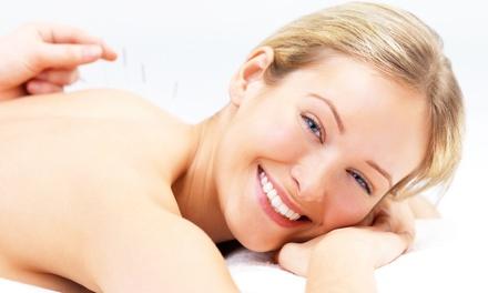 2 oder 4 TCM-Behandlungen mit Akupunktur, Infrarot-Bestrahlung und Moxibustion bei Heilpraktikerin Qi Zuo ab 54,90 €