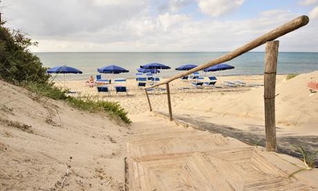 Sardegna con Formula famiglia: 7 notti in pensione completa con bevande e servizio spiaggia al Villaggio La Plata