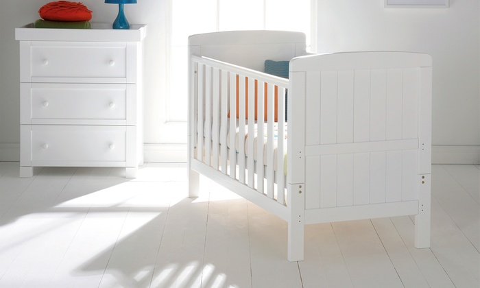 East Coast Nursery Austin White Cot Bed With Free Delivery for £160