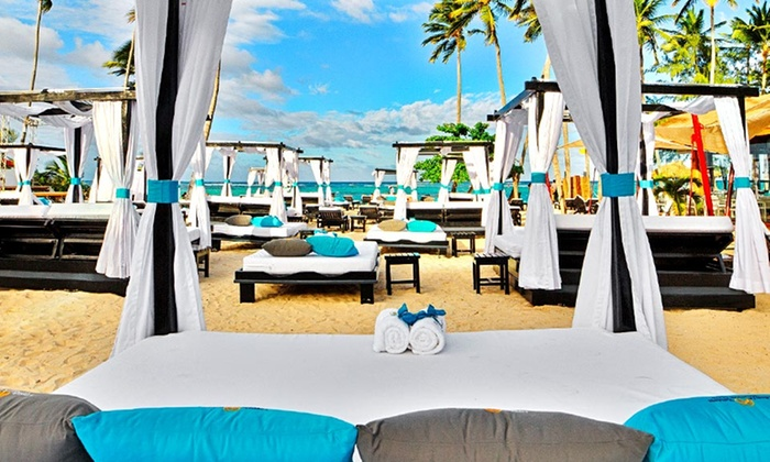 All-Inclusive Caribbean Beach Resort with Meals & Drinks