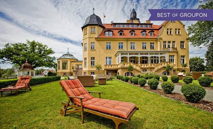 Schweriner See: 1-3 Nächte mit Frühstück, Wellness und opt. 3-Gänge-Menü und Prosecco im 5* Schlosshotel Wendorf
