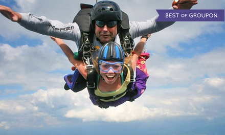 $359 for Tandem Skydiving for Two at Blue Ridge Skydiving Adventures ($500 Value)