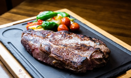 Menú de parrillada o pescado para 2 o 4 con entrante, postre y bebida en La Percha (hasta 56% de descuento)