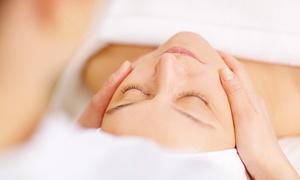 """מכון יופי - La Clinique - אסתר - ראשל''צ: בוטיק La Clinique בראשל""""צ: טיפול פנים מפנק 69 ₪, טיפול פנים עמוק ב-89 ₪ או טיפול מיוחד לבחירה ב-129 ₪ בלבד. תקף גם בשישי"""