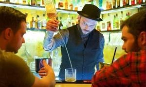 MOWO: Je 1 Cocktail oder Longdrink nach Wahl inkl. Früchteteller & Snacks für 2 oder 4 Personen bei MOWO (bis zu 48% sparen*)