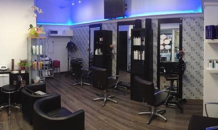 Alisado capilar o sesión de peluquería con tinte y/o mechas desde 14,95 € en Bellave