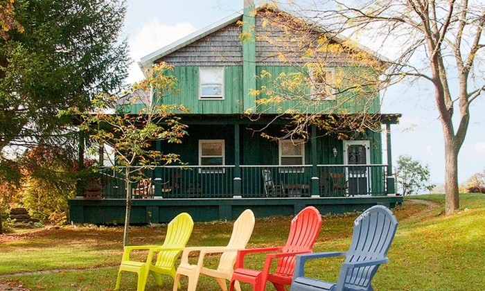 Jackson's Falls Country Inn - Prince Edward: 1- or 2-Night Stay with Optional Dinner at Jackson's Falls Country Inn in Prince Edward, ON