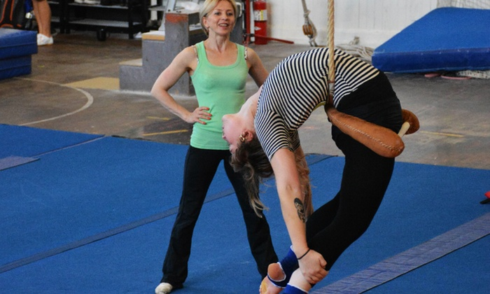 Circus Center - Ashbury Heights: $35 for Three General Aerial and Acrobatics Classes at Circus Center ($60 Value)