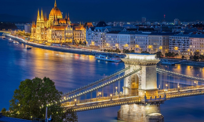 ✈ 8-Day Central Europe Vacation with Hotels and Air from