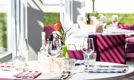 Driegangen keuzemenu bij restaurant Brgrs n Steaks in Novotel Breda, voor 26 personen