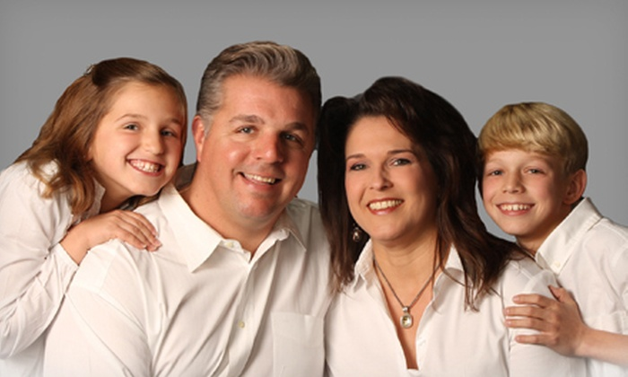 Expressions Photography Central - Greenwell Springs/Central: $39 for Indoor or Outdoor Photo Shoot with Prints at Expressions Photography Central ($145 Value)