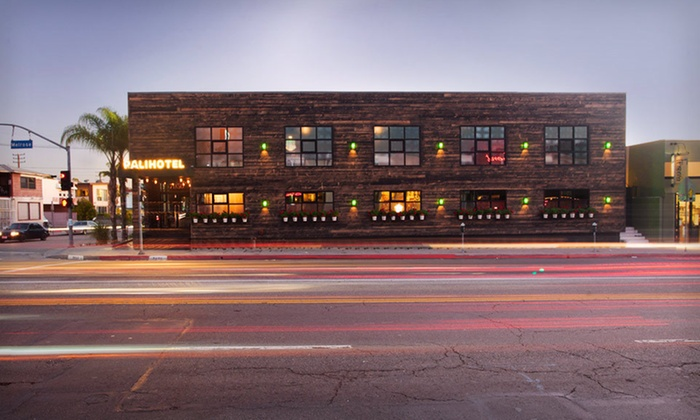 Palihotel Melrose Avenue - Melrose: One-Night Stay with Parking at Palihotel Melrose Avenue in Los Angeles