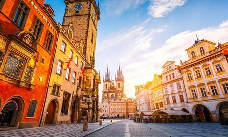Praga: habitación doble estándar o superior para 2 o triple para 3 personas con desayuno en Hotel Voyage 4*