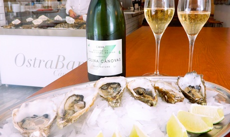 Menú para 2 o 4 personas con montadito, ostras y copa de vino o cava desde 16 € en Ostrabar Cánovas