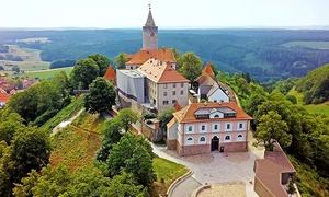 Leuchtenburg: Eintrittskarte für die Burg Leuchtenburg für zwei Personen oder eine Familie mit Kindern (33% sparen*)