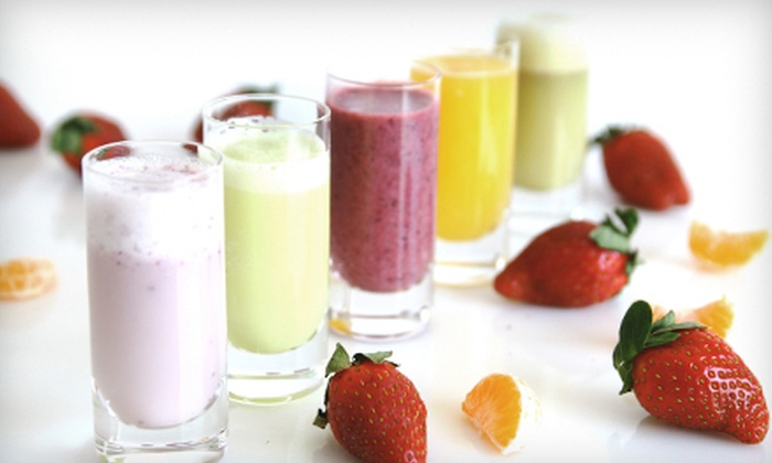 LA Weight Loss - Merle Hay: $69 for a Three-Week Juice Cleanse from LA Weight Loss ($150 Value)