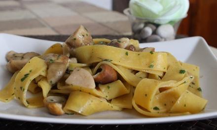 Menu italiano di carne da 5 portate e vino per 2 o 4 persone all'Agriturismo La Castelluccia (sconto fino a 52%)