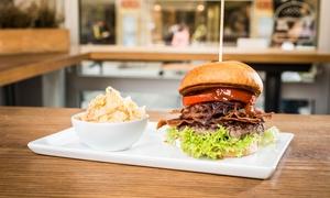 The Burger Republic: American BBQ-Burger mit Pommes, Dessert und Cocktail für Ein oder Zwei bei The Burger Republic (bis zu 41% sparen*)