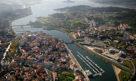 Vigo o Sanxenxo: 5 o 7 noches en habitación doble o twin con desayuno y tours para 2 personas