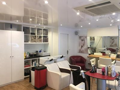 Shampoing, coupe et brushing, option couleur dès 29,90 € au salon FM Coiffure